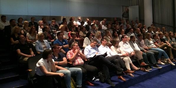 Het publiek van de NetDimensions Gebruikersdag 2016